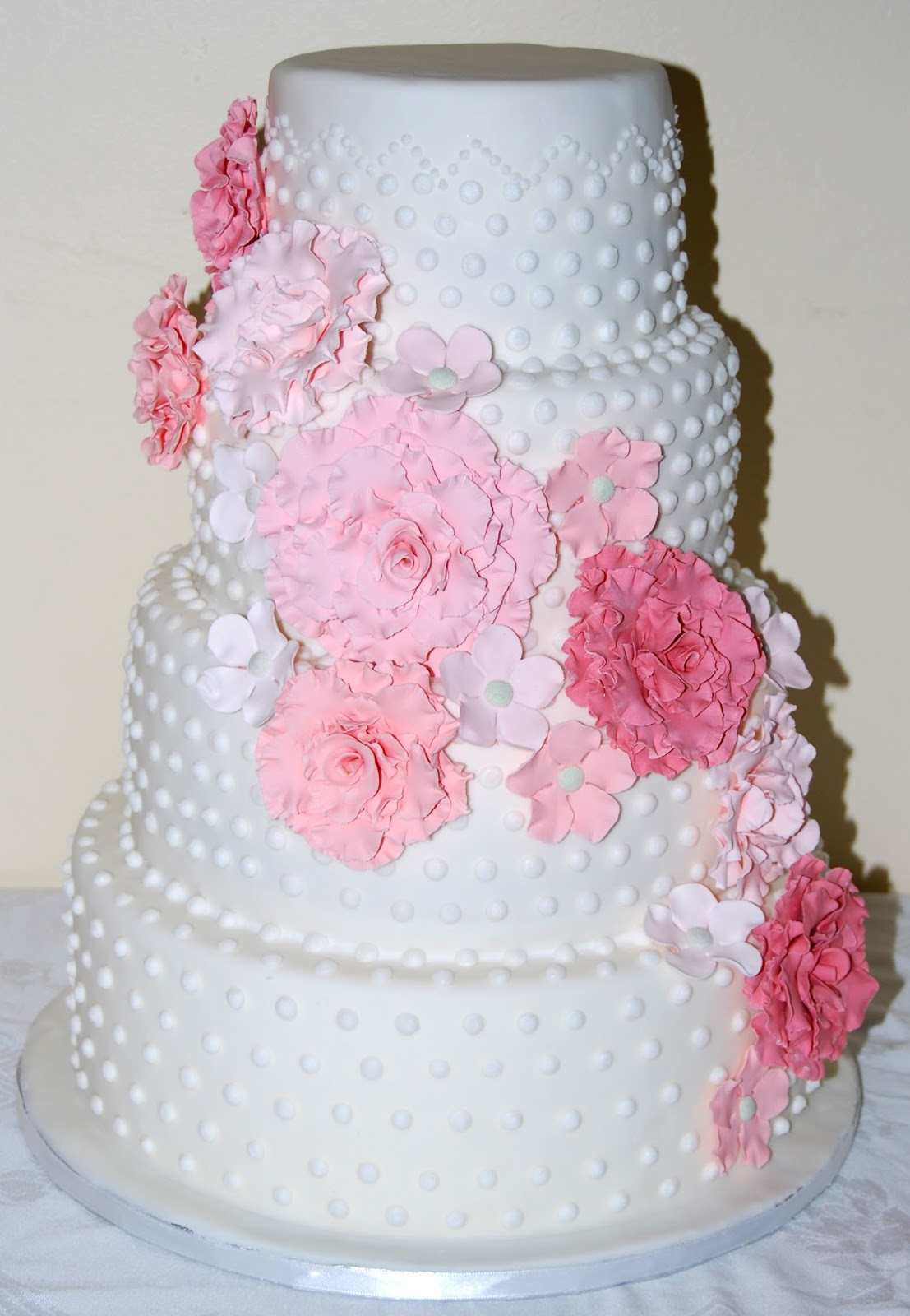 Romantic Wedding Cakes  Leelees Cake abilities Romantic Wedding Cake