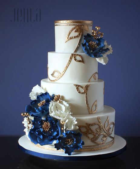 Royal Blue And Gold Wedding Cakes  1000 images about Something Blue All Blue Weddings on