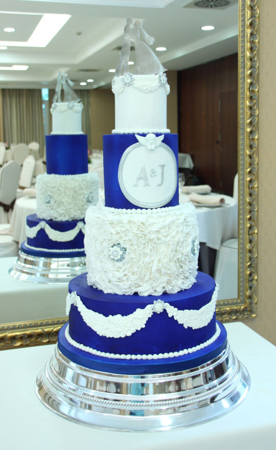 Royal Blue Silver And White Wedding Cakes  Royal blue and white Wedding Cake cake by Artym CakesDecor