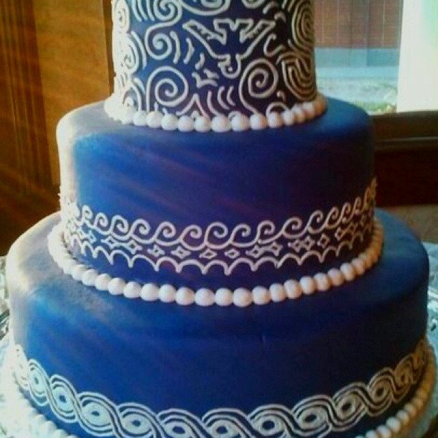 Royal Blue Wedding Cakes Designs  Coral And Royal Blue Wedding Cake Ideas