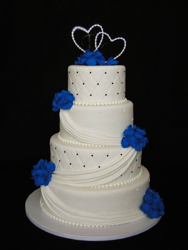 Royal Blue Wedding Cakes Designs  25 best ideas about Blue wedding cakes on Pinterest