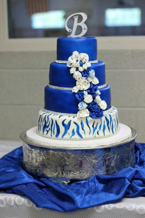 Royal Blue Wedding Cakes Designs  Royal blue and zebra stripe wedding cake
