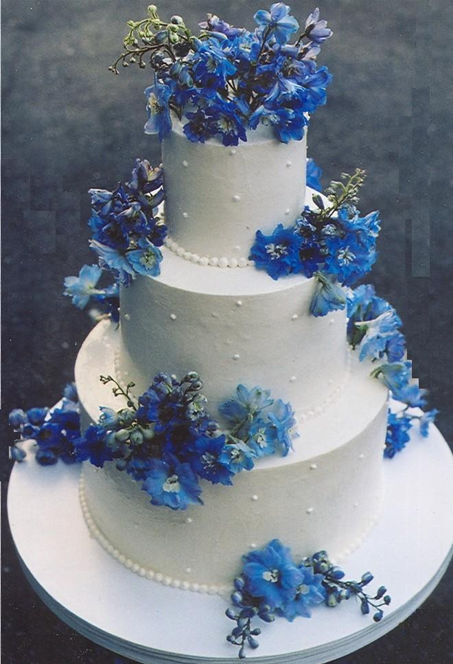 Royal Blue Wedding Cakes Designs  Royal blue wedding cake ideas idea in 2017