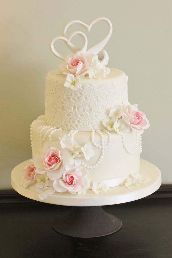 Royal Icing Flowers For Wedding Cakes  Pinterest • The world's catalog of ideas