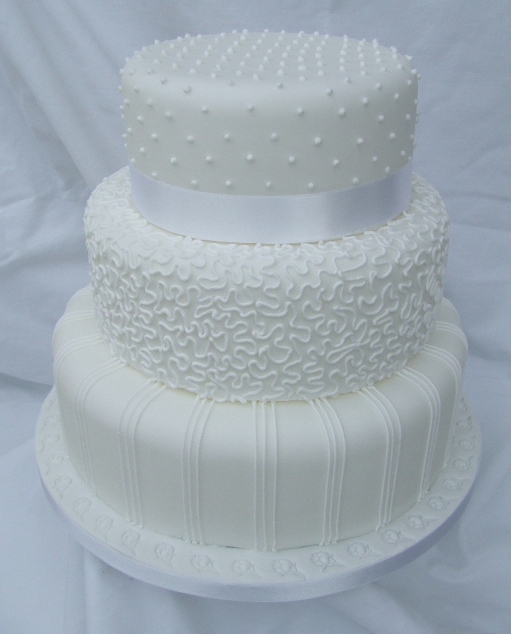 Royal Icing Wedding Cakes  Gallery