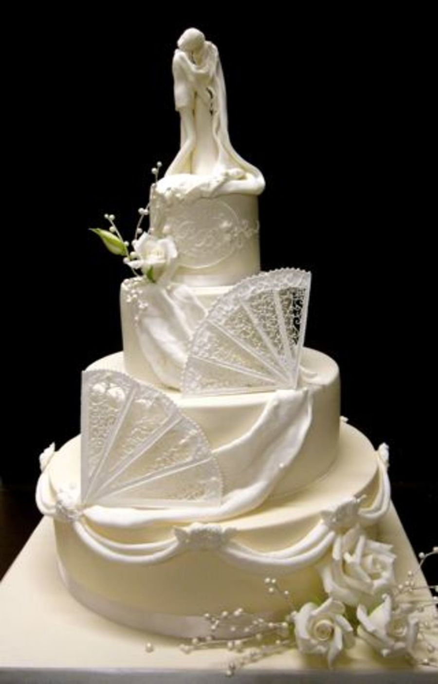 Royal Icing Wedding Cakes  Ivory And White Wedding Cake With Royal Icing Fans And