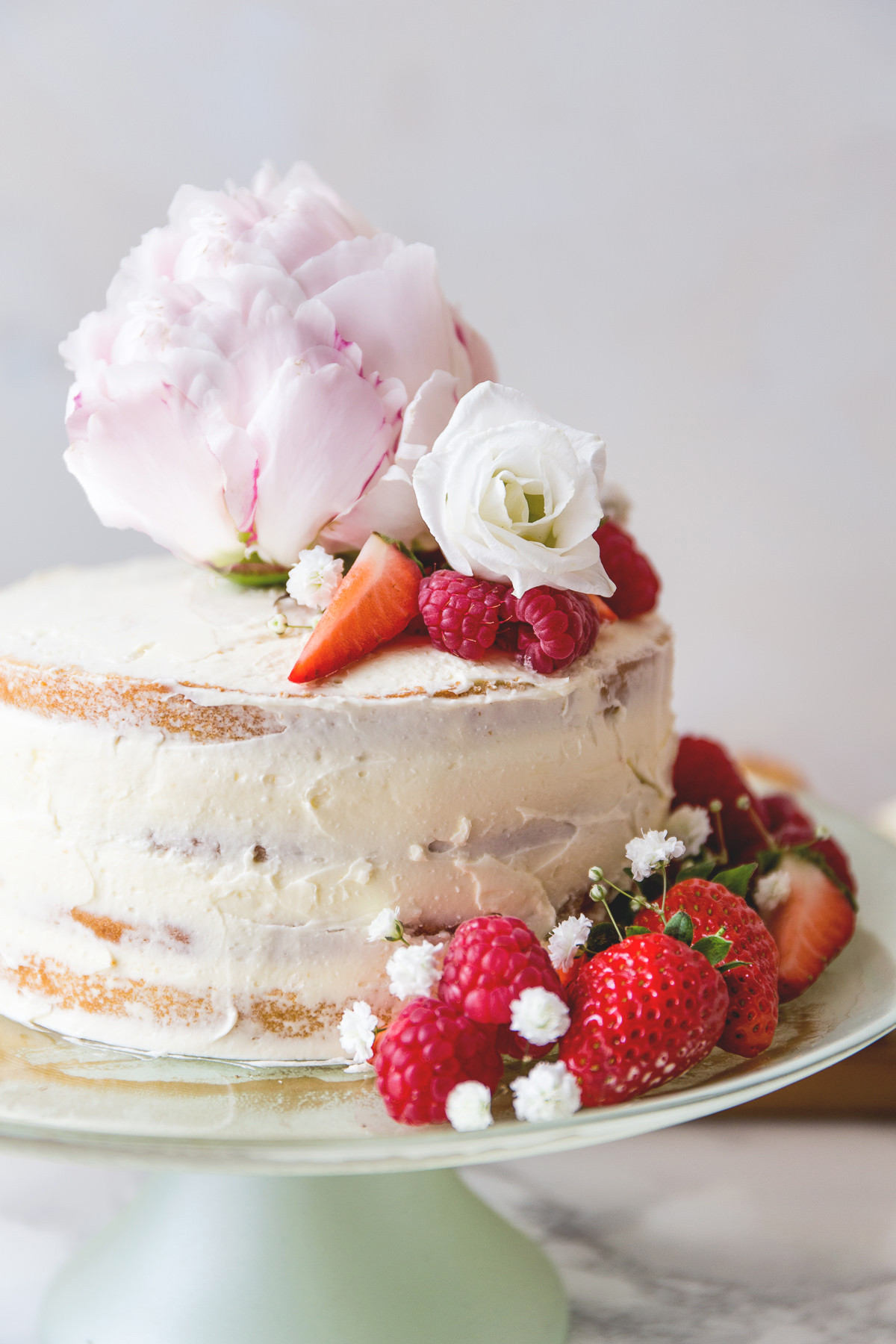 Royal Wedding Cake Recipe  The Perfect Menu for A Modern Tea Party to Watch the Royal