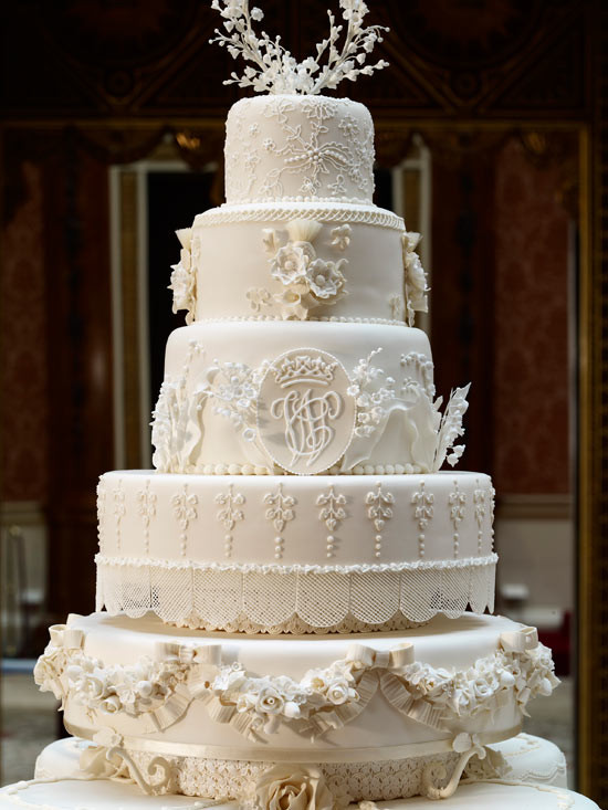 Royal Wedding Cakes  Kate Middleton s wedding dress shoes cake put on display
