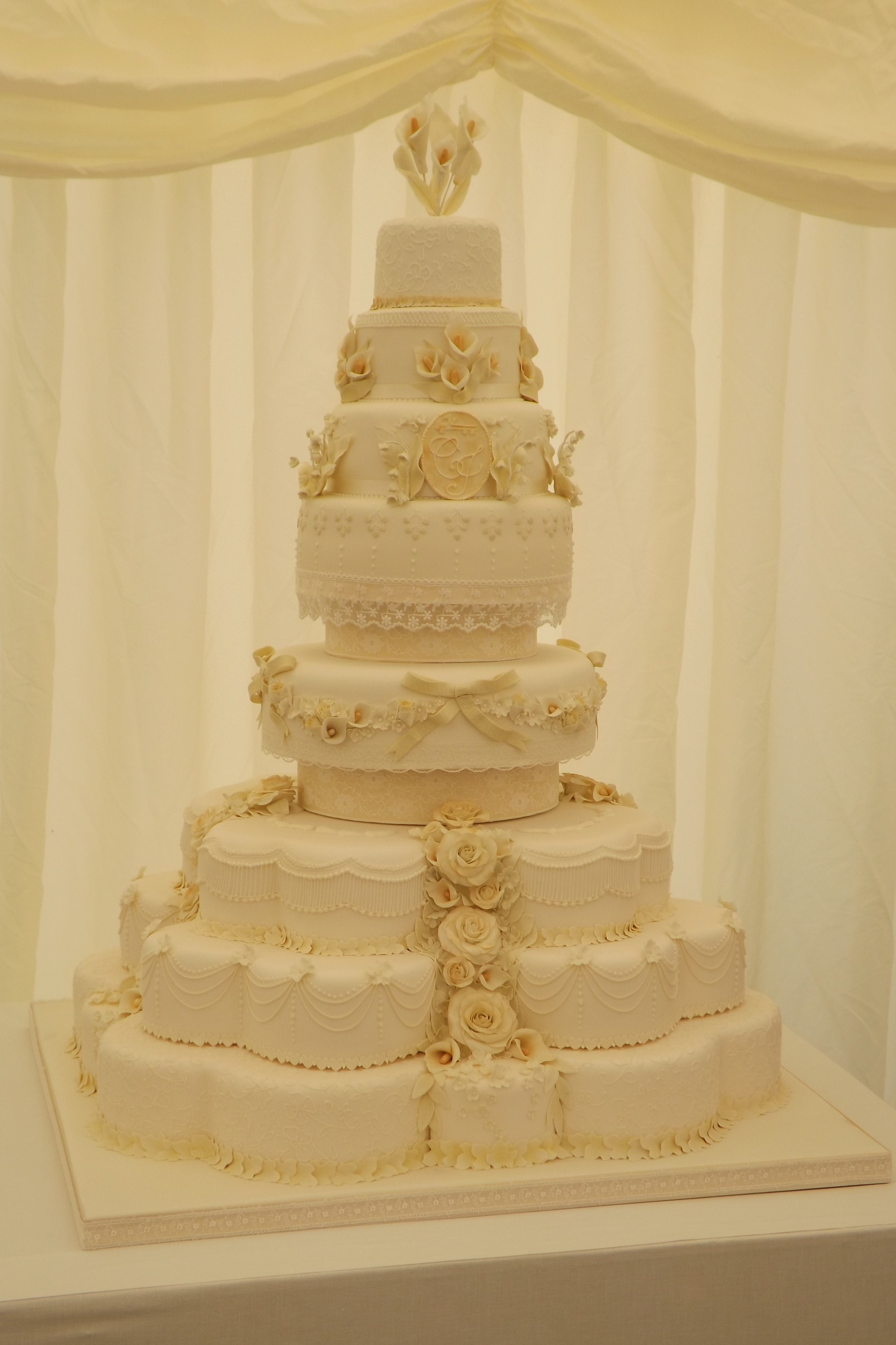 Royal Wedding Cakes  A party without a cake is just a meeting