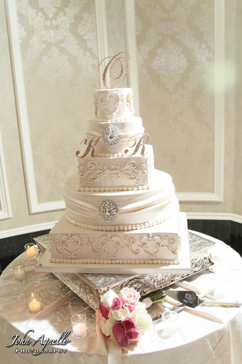 Royalty Wedding Cakes  Vintage Royalty Cake • Palermo s Custom Cakes & Bakery