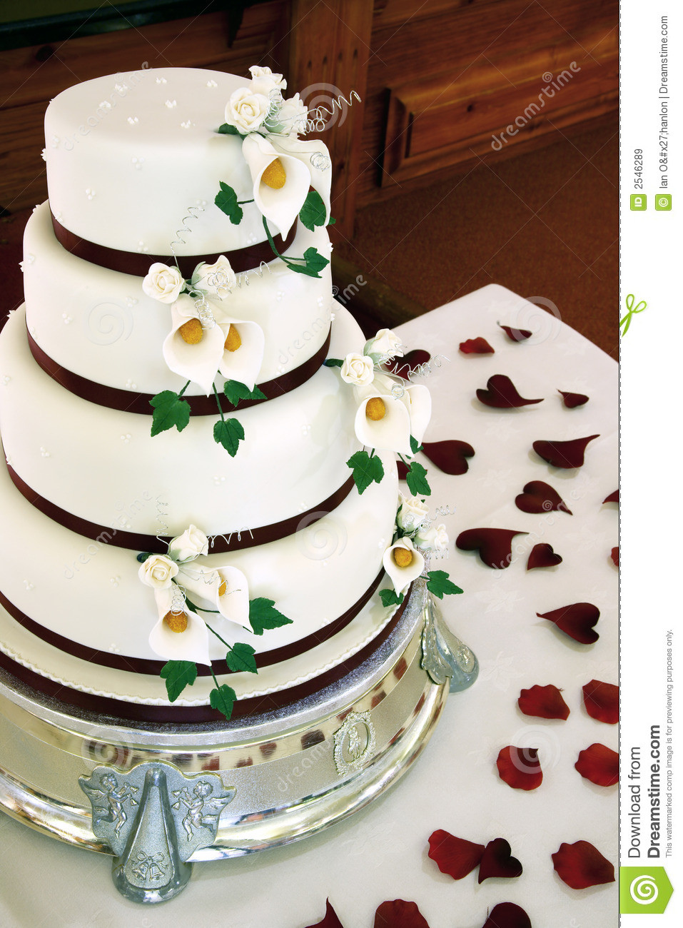 Royalty Wedding Cakes  Beautiful Wedding Cake Royalty Free Stock Image