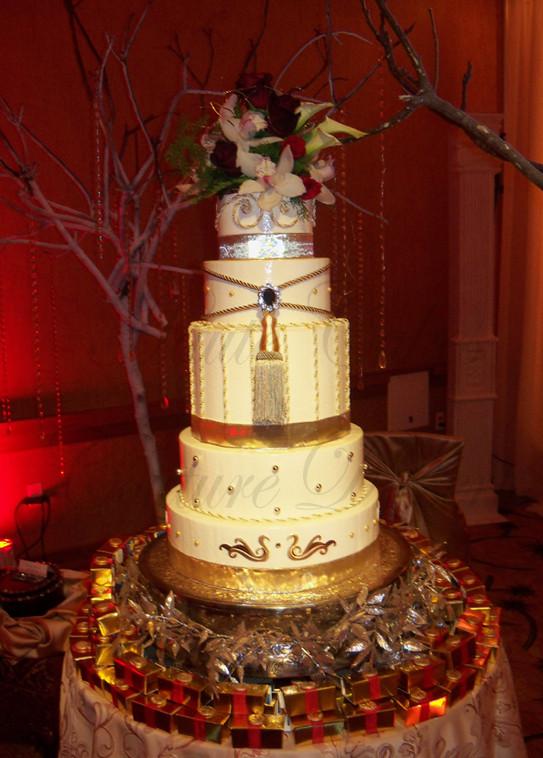 Royalty Wedding Cakes  Weddings Haute Cakes