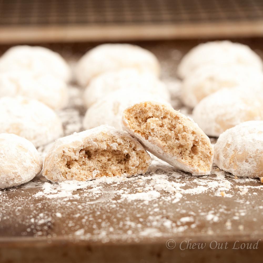 Russian Tea Cakes Vs Mexican Wedding Cookies  russian tea ball cookies recipe