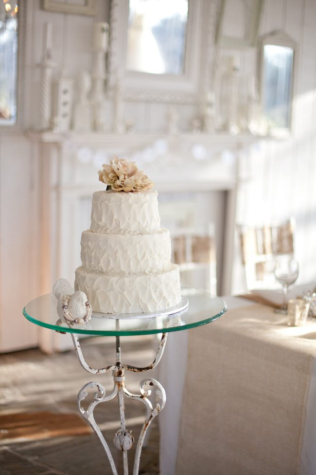 Rustic Chic Wedding Cakes  Burlap Bling Wedding Inspiration The Sweetest Occasion