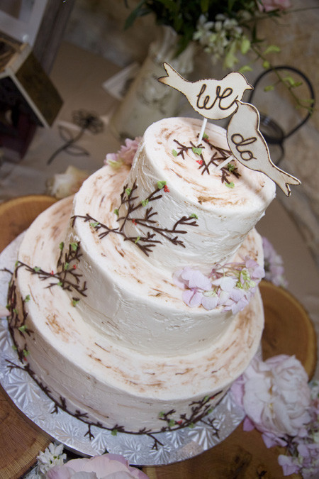 Rustic Chic Wedding Cakes  Rustic Ranch Wedding At Marquardt Ranch Rustic Wedding Chic