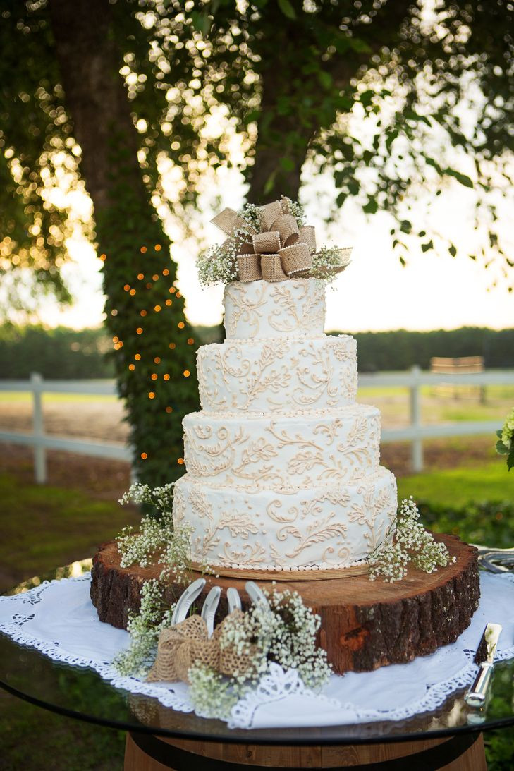 Rustic Country Wedding Cakes  Rustic Burlap and Lace Wedding Cake