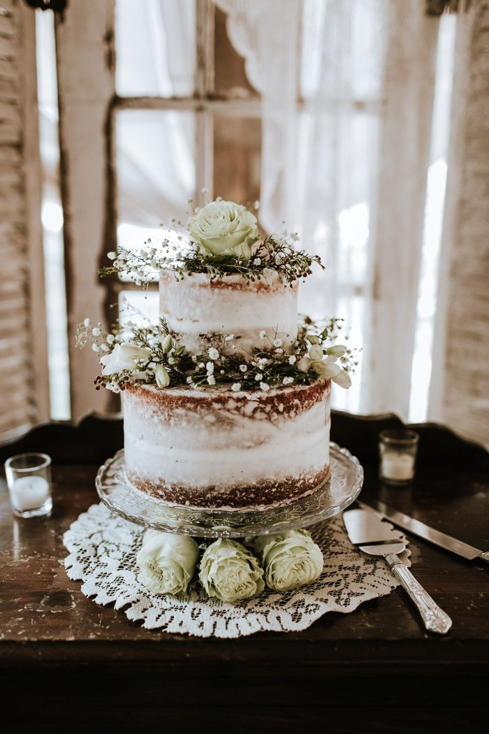 Rustic Country Wedding Cakes  Best 10 Rustic wedding cakes ideas on Pinterest