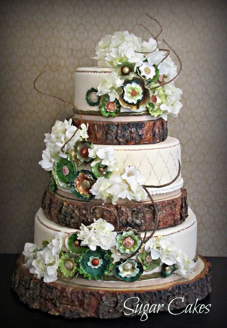 Rustic Country Wedding Cakes  Rustic log wedding cake Wedding cake