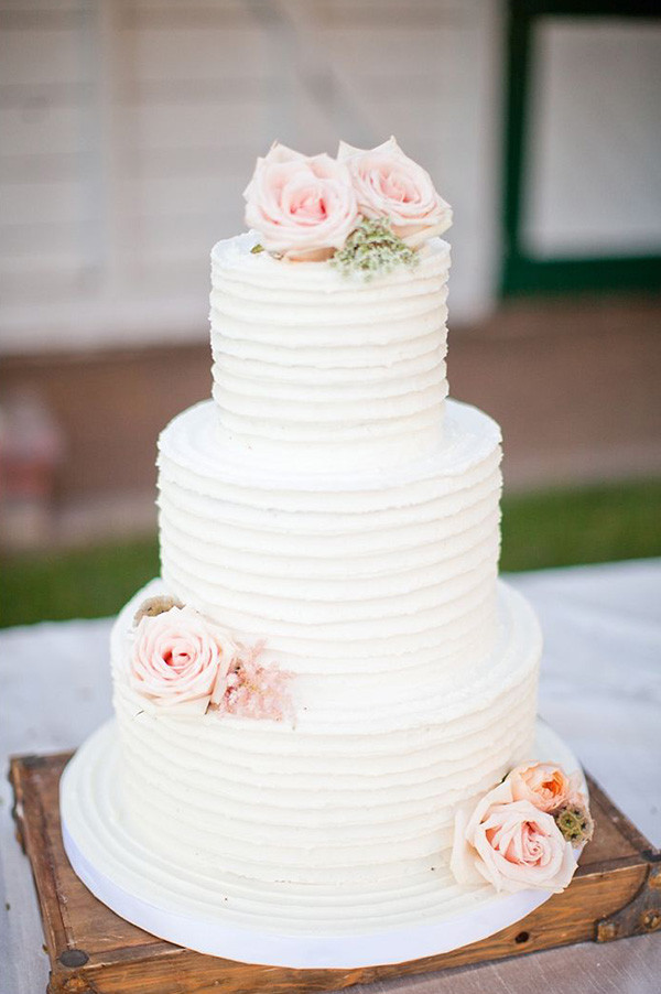 Rustic Themed Wedding Cakes  Wedding Trend 20 Fabulous Wedding Cakes With Floral For