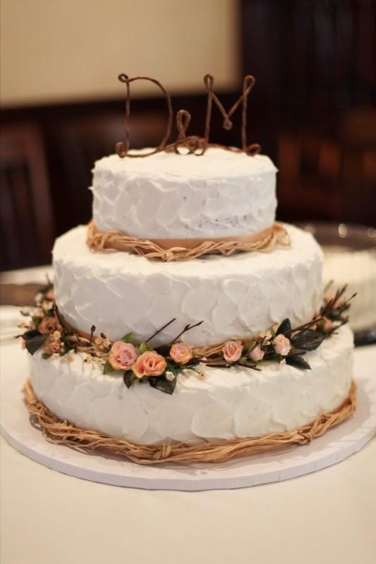 Rustic Themed Wedding Cakes  Rustic themed wedding cake My Wedding