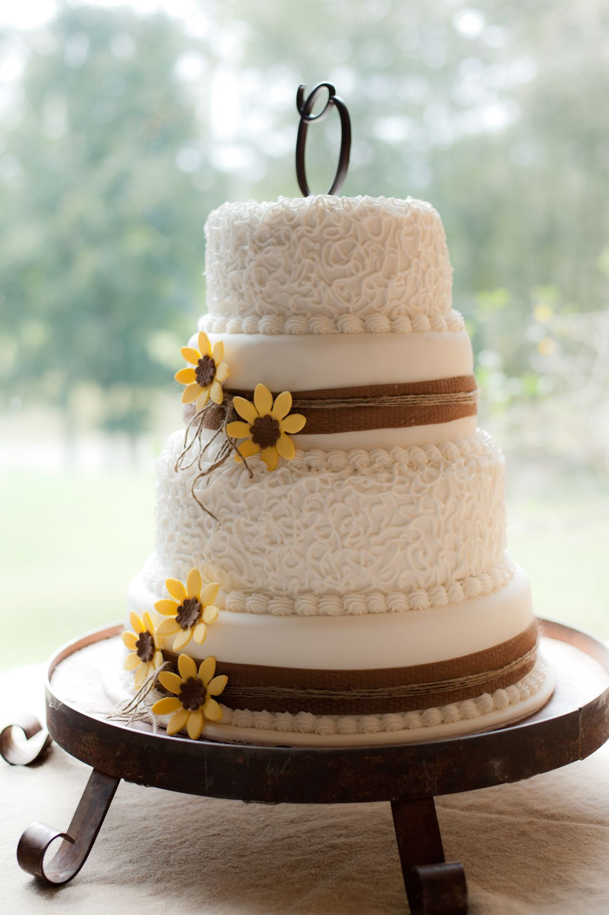 Rustic Wedding Cakes With Burlap  sunflower and burlap wedding cake