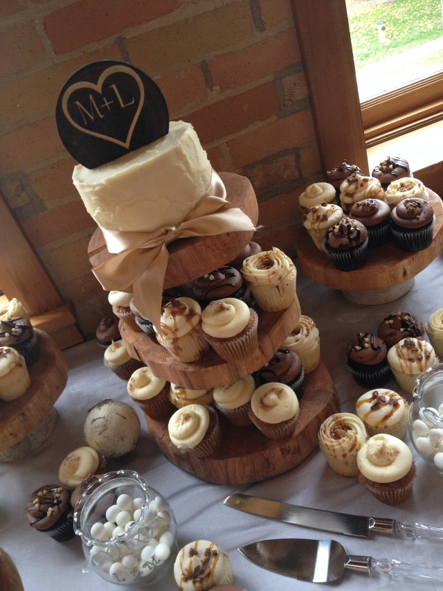 Rustic Wedding Cakes With Cupcakes  Rustic Cupcakes Wedding