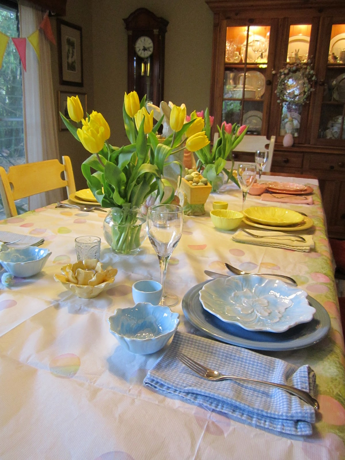 Safeway Easter Dinner  Val the Crafty Gal Easter Tulips Table and Treats