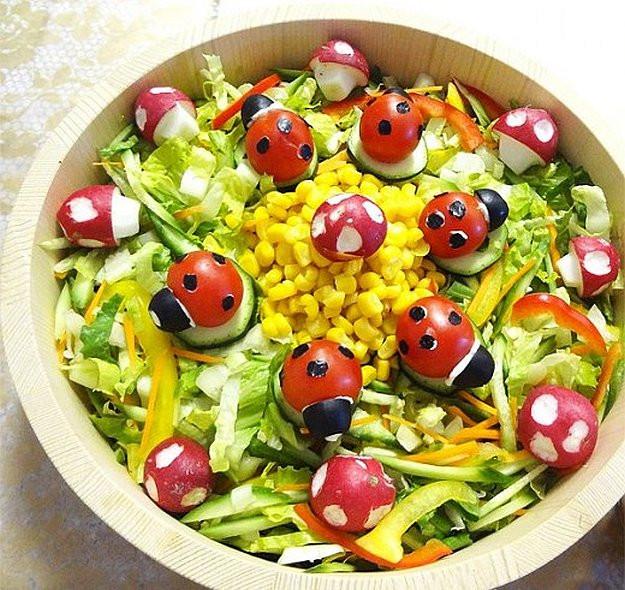 Salad For Easter Dinner  16 Easter Dinner Ideas DIY Ready