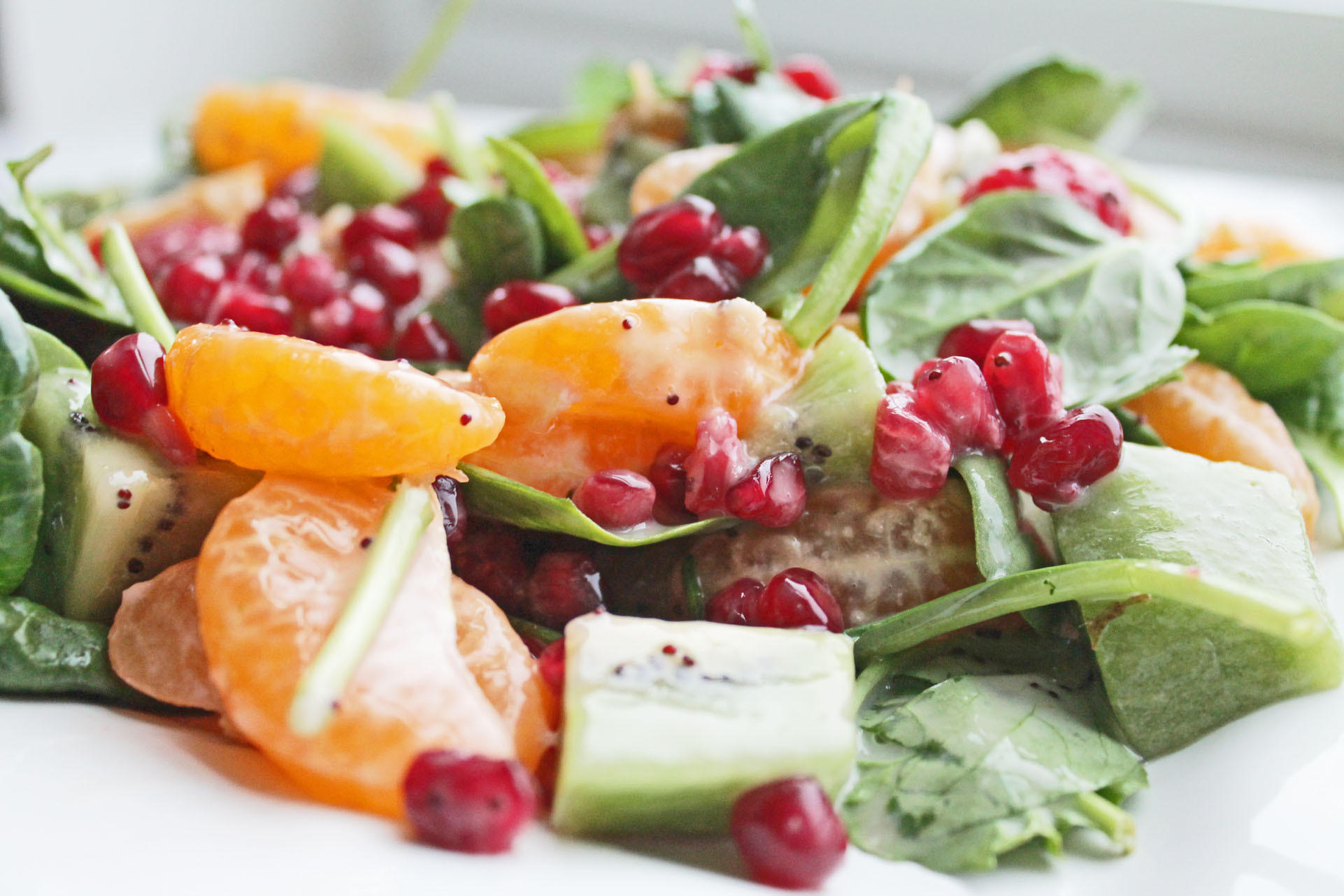 Salads Recipes Healthy  Healthy Salad Recipe with Fruits and Spinach