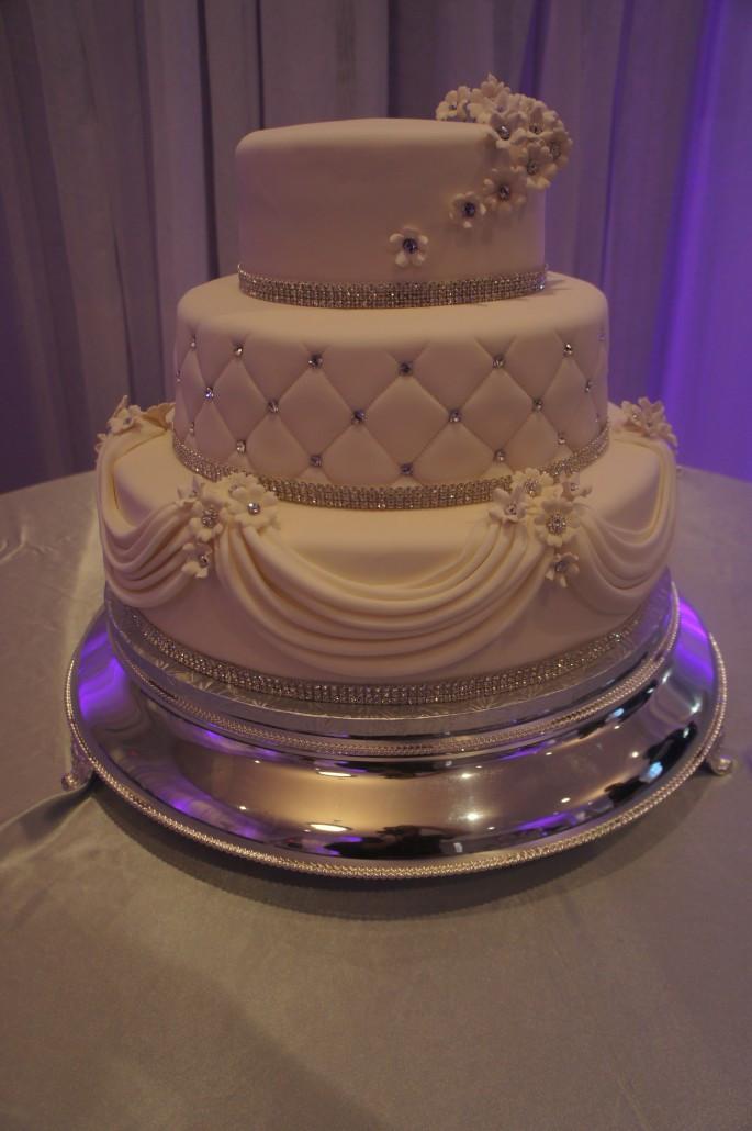 Sam'S Bakery Wedding Cakes  Wedding Cakes Classic Bakery