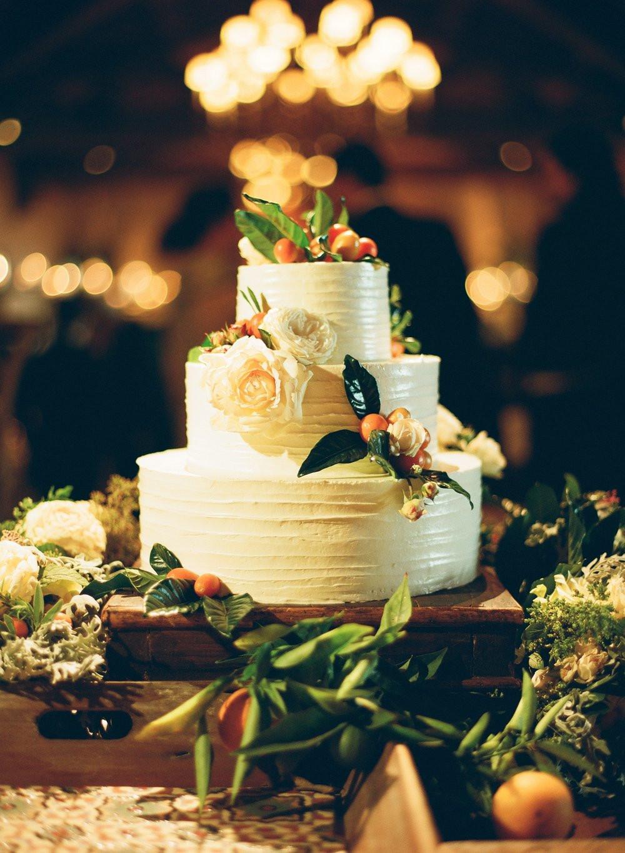 Santa Barbara Wedding Cakes  Tasty Trendy Tuesday Wedding Cake Roundup — Santa
