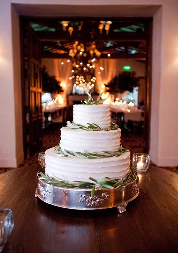 Santa Barbara Wedding Cakes  Santa barbara wedding cakes idea in 2017