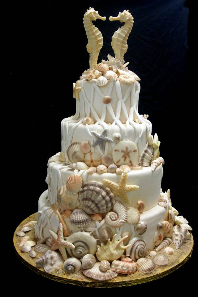 Seashells Wedding Cakes  shell1