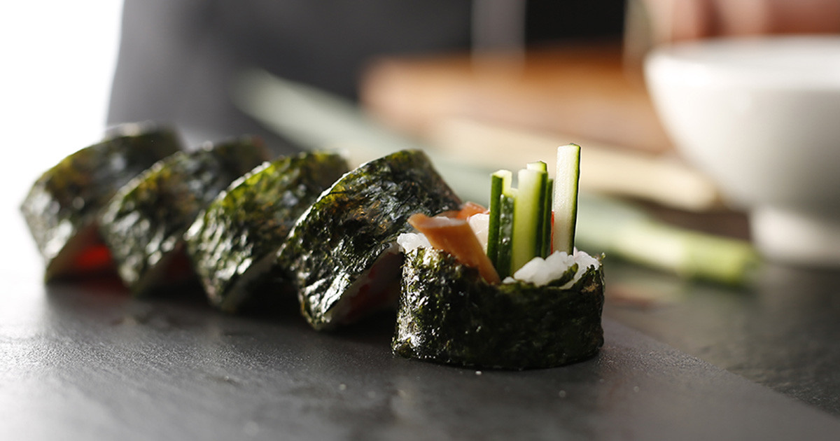 Seaweed Snacks Healthy  7 Healthy Seaweed Snacks How to Eat Seaweed