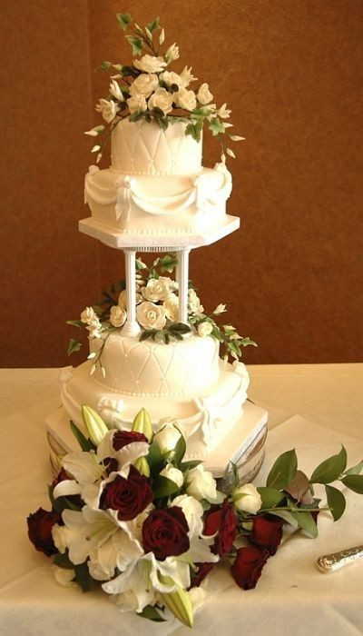 Separate Tier Wedding Cakes  129 best wedding cakes in separate tiers images on