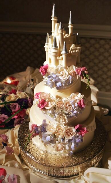 Show Me Wedding Cakes  Show me wedding cakes Hopefully pic heavy p