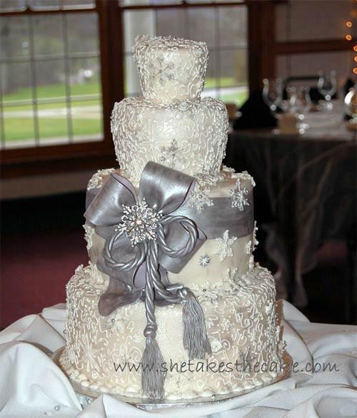 Silver And White Wedding Cake  Stylish Silver Wedding Cake Designs
