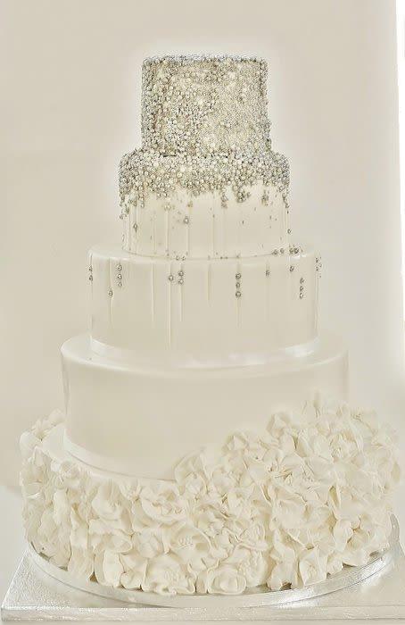 Silver And White Wedding Cake  White silver wedding cake Cake by Sannas tårtor CakesDecor