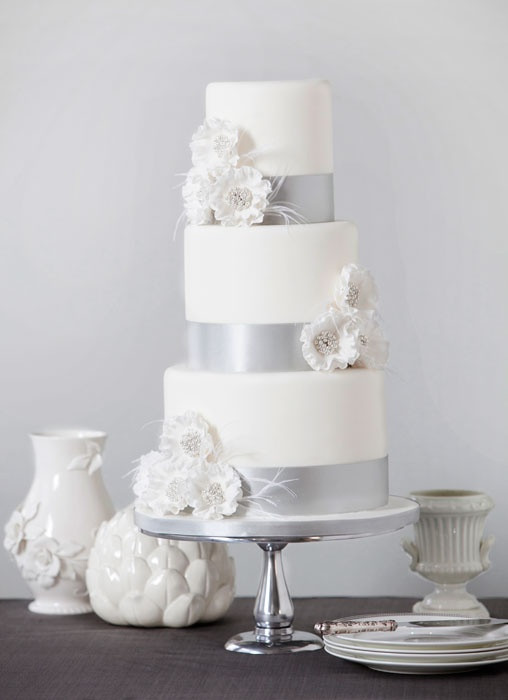 Silver And White Wedding Cake  silver and white cake