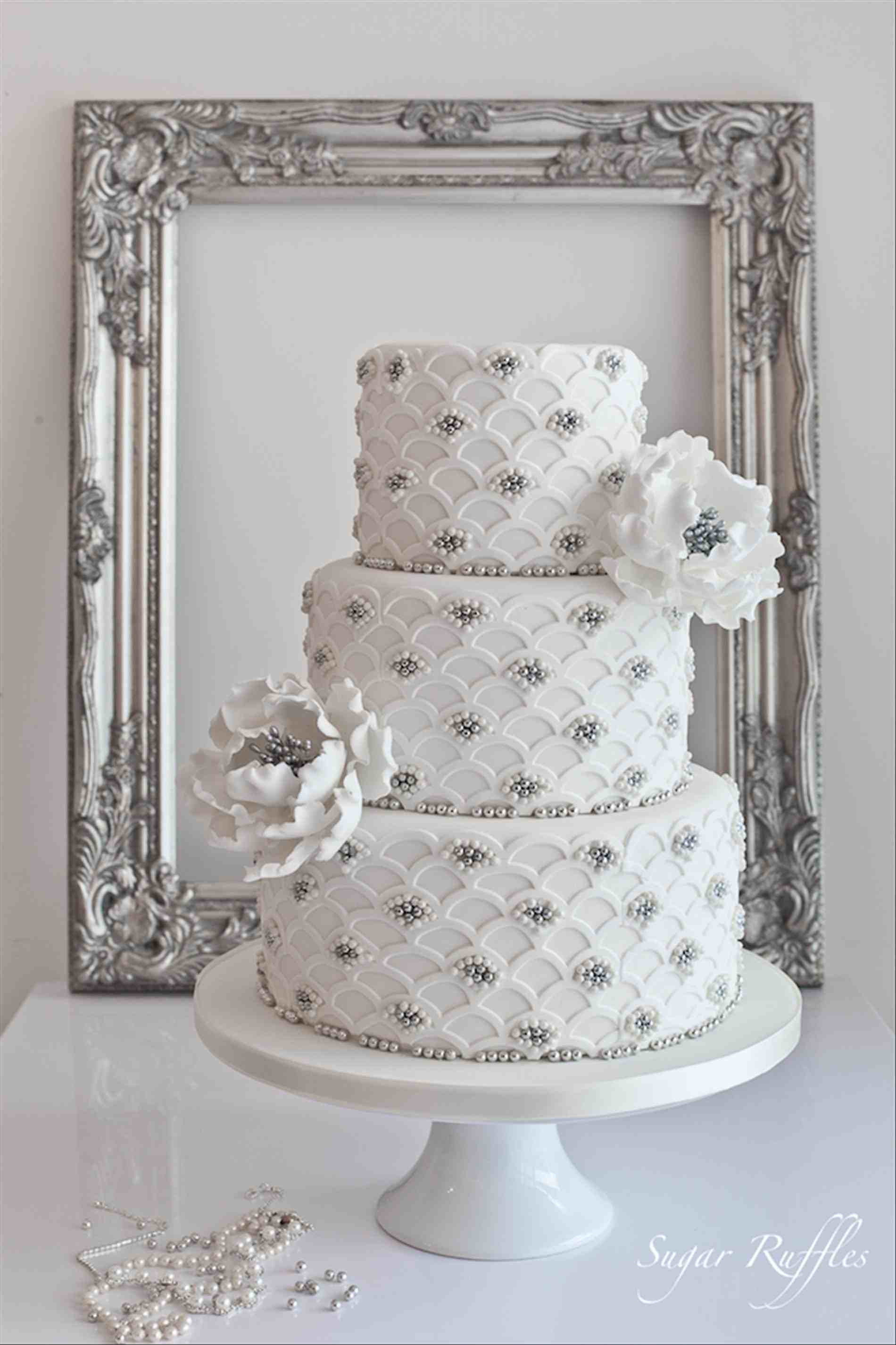 Silver And White Wedding Cake  White And Silver Wedding Cakes