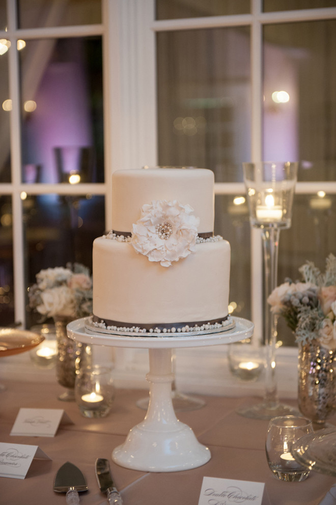 Simple 2 Tiered Wedding Cakes  Simple two tier wedding cake idea in 2017
