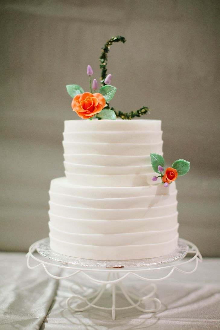 Simple 2 Tiered Wedding Cakes  Simple Two Tiered Wedding Cake