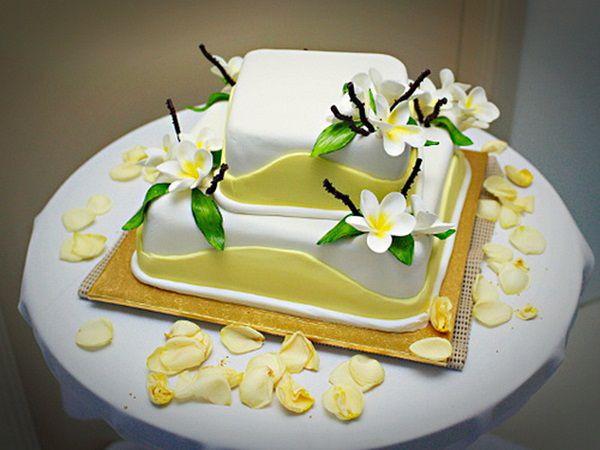 Simple Beach Wedding Cakes  2 of 23 simple and easy beach wedding cakes