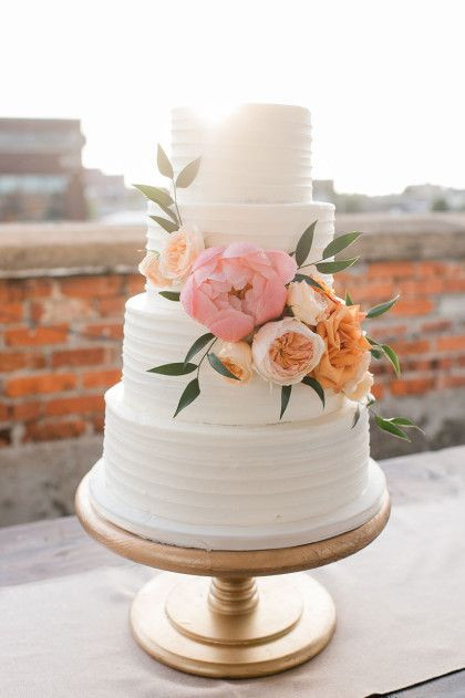 Simple Buttercream Wedding Cakes  15 wedding cakes that are almost too pretty to eat