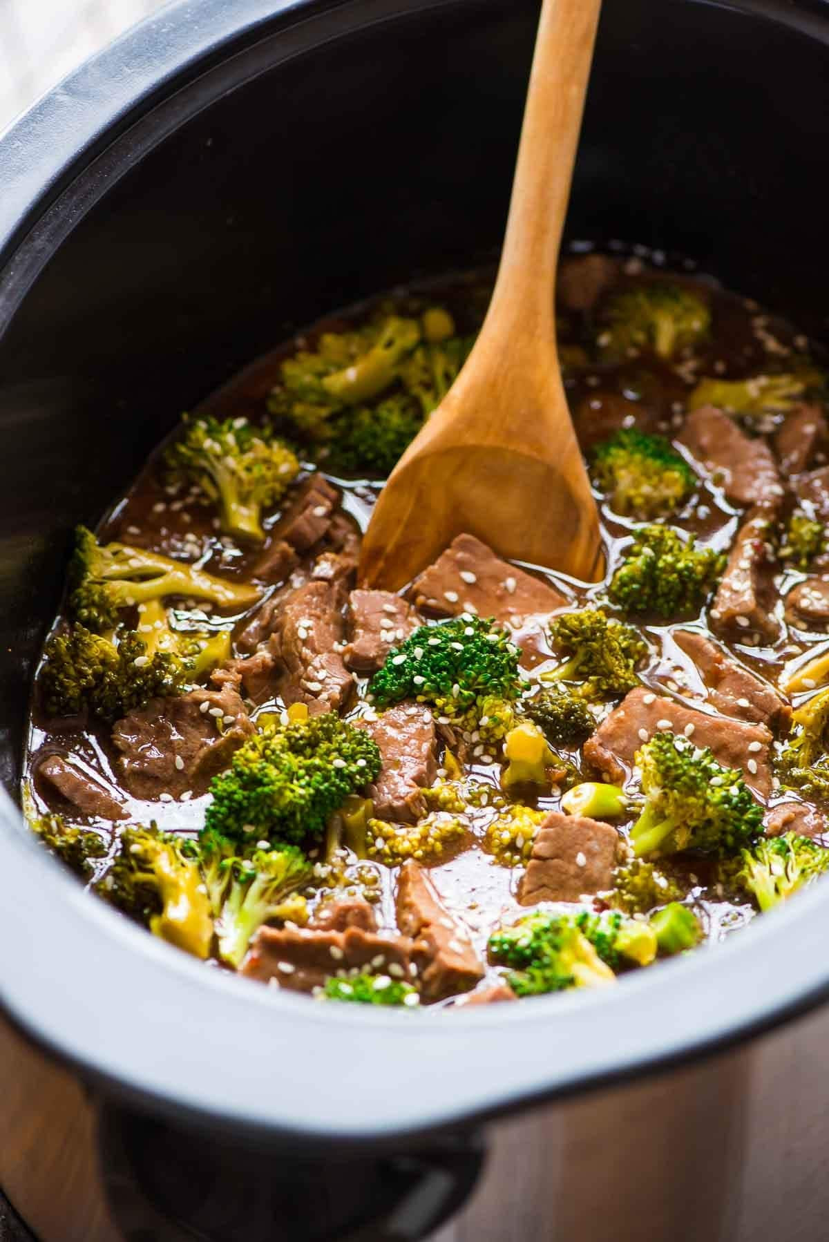 Simple Healthy Slow Cooker Recipes  Slow Cooker Beef and Broccoli