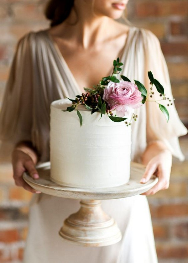 Simple One Tier Wedding Cakes  15 Simple but Elegant Wedding Cakes for 2018