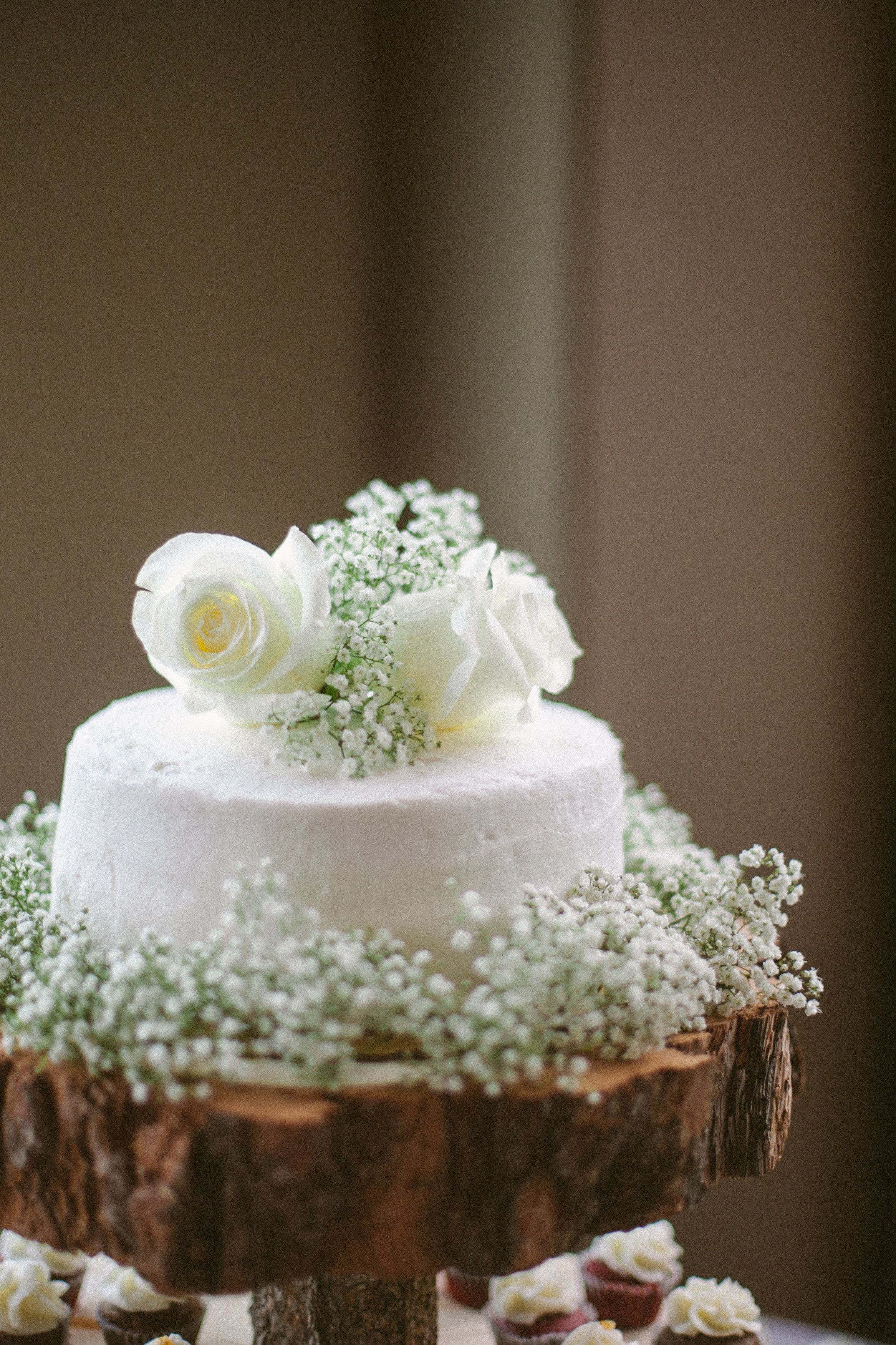 Simple One Tier Wedding Cakes  e Tier White Buttercream Wedding Cake