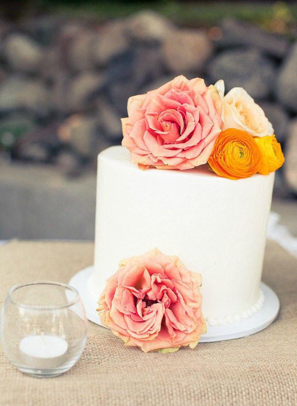 Simple One Tier Wedding Cakes  25 Stunning Single Tier Wedding Cakes