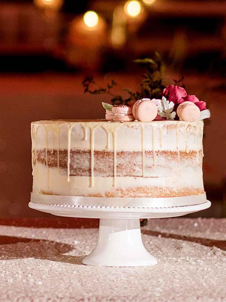 Simple One Tier Wedding Cakes  Single Tier Wedding Cakes