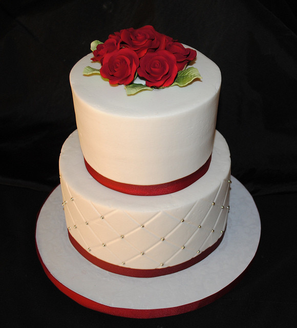 Simple Small Wedding Cakes  Small Wedding Cake